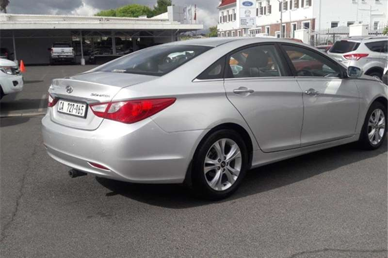 87000 km 2012 silver fwd view all our 2012 hyundai sonata 2 4 gls. Black Bedroom Furniture Sets. Home Design Ideas