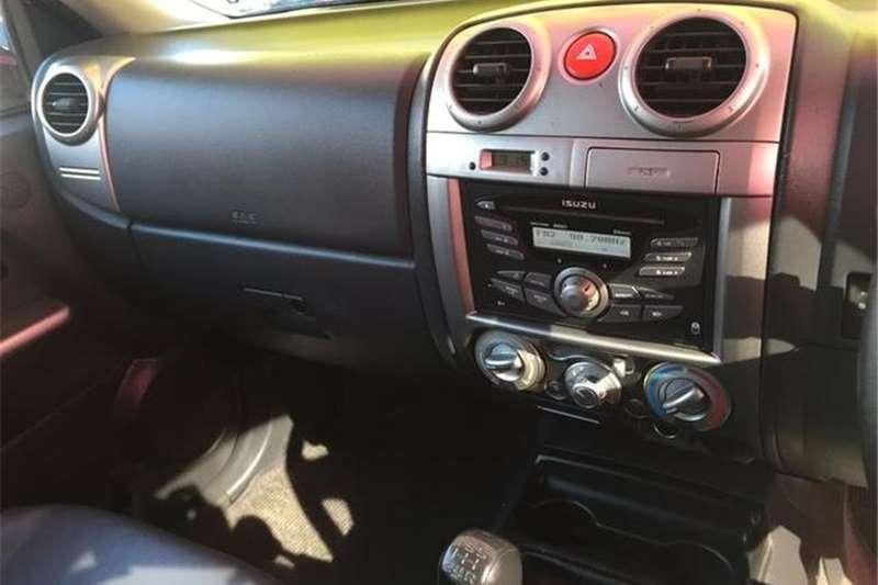 Isuzu KB 300D Teq Double Cab LX 2013