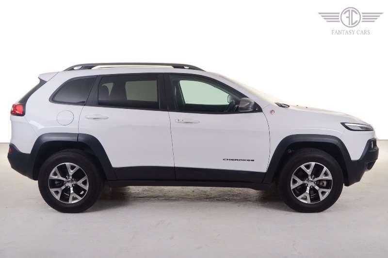 2016 jeep cherokee 3 2l 4x4 trailhawk crossover suv petrol awd automatic cars for sale. Black Bedroom Furniture Sets. Home Design Ideas