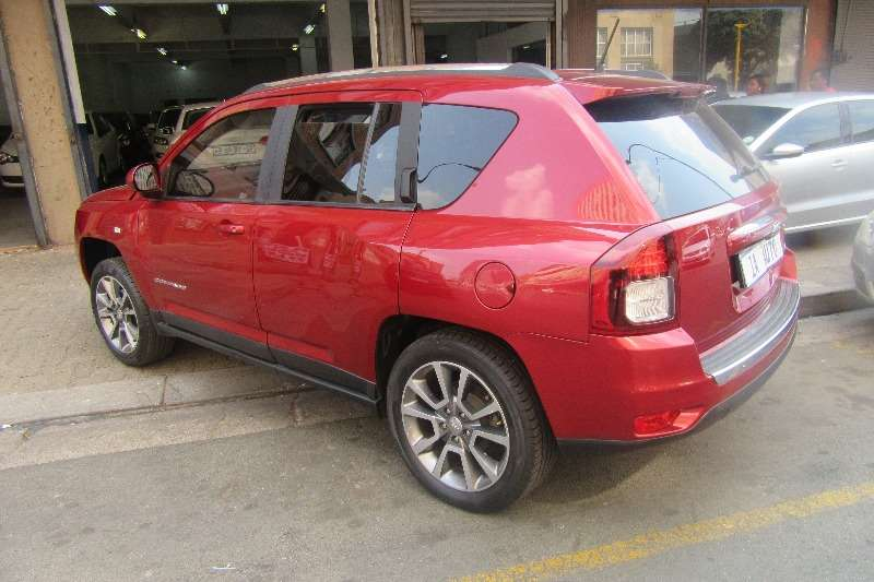 2014 jeep compass 2 0l limited crossover suv fwd cars for sale in gauteng r 175 000 on. Black Bedroom Furniture Sets. Home Design Ideas