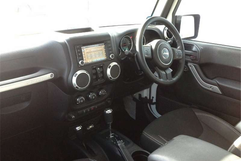 Jeep Wrangler Unlimited 2.8CRD Sahara 2014