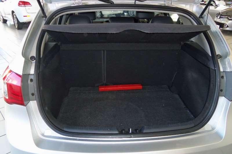 Kia Cerato hatch 2.0 EX 2012