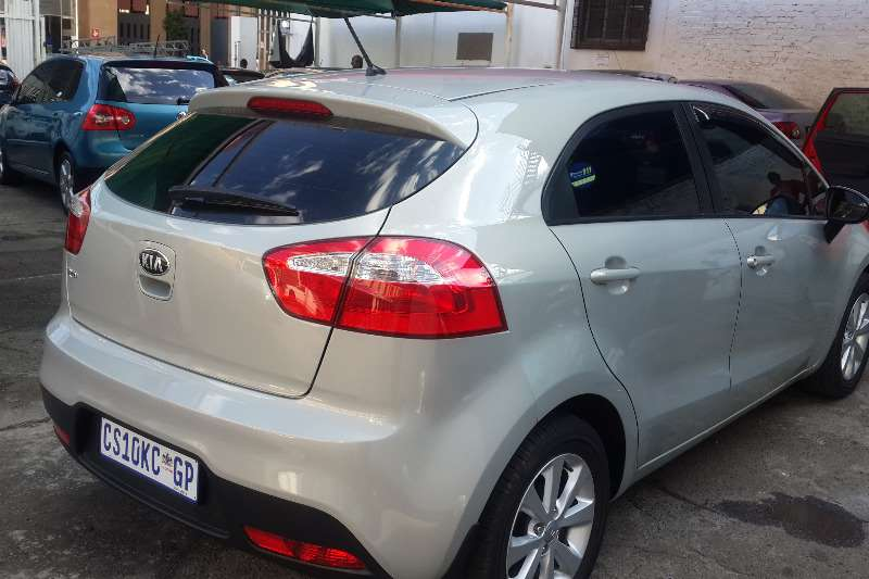 2013 kia rio 1 6 5 door sport hatchback fwd cars for sale in gauteng r 115 000 on auto mart. Black Bedroom Furniture Sets. Home Design Ideas