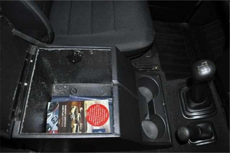 Land Rover Defender 110 TD multi purpose LE 2013