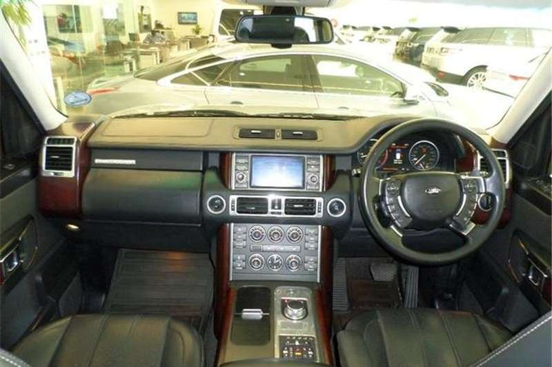 Land Rover Range Rover TDV8 Vogue SE 2011