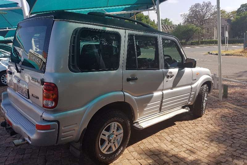 2006 mahindra scorpio 2 6 turbo 4x4 8 seater crossover suv awd cars for sale in gauteng. Black Bedroom Furniture Sets. Home Design Ideas