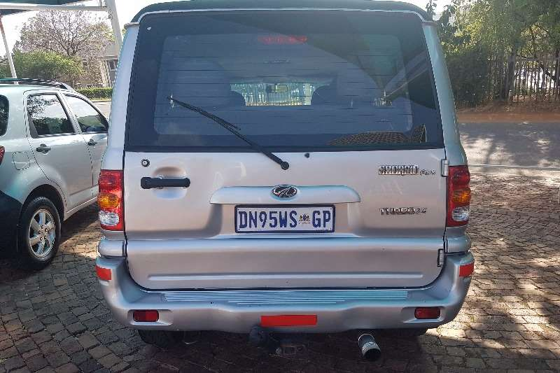 mahindra scorpio 2 6 turbo 4x4 8 seater crossover suv awd cars for sale in gauteng r 69. Black Bedroom Furniture Sets. Home Design Ideas