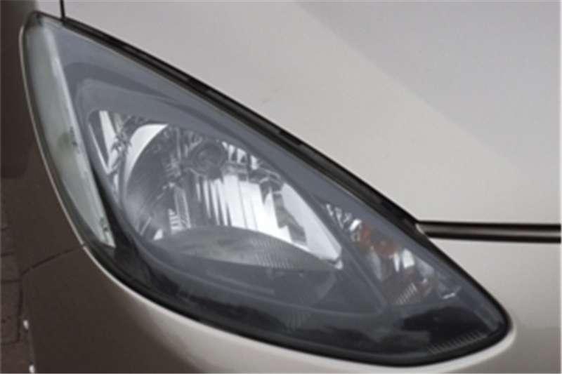 Mazda 2 Mazda sedan 1.3 Active 2011