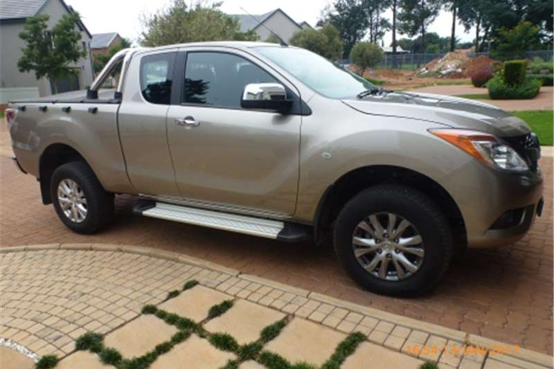 2015 Mazda BT-50 Clubcab3 2 Diesel Auto Cars for sale in ...