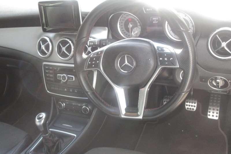 Mercedes Benz 200D GLA200 2015