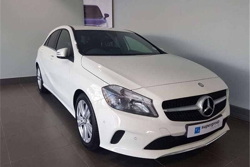 Mercedes Benz 220D URBAN A/T 2017