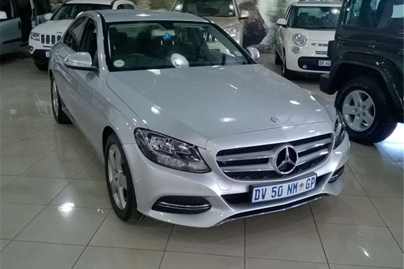 New demo and used cars auto mart for Mercedes benz demo cars