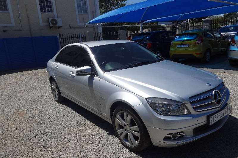 2009 mercedes benz c class c180 auto sedan petrol rwd automatic cars for sale in gauteng. Black Bedroom Furniture Sets. Home Design Ideas