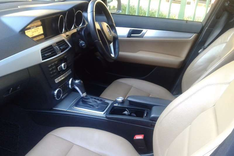 Mercedes Benz C-Class C180 Avartgarde Auto 2012