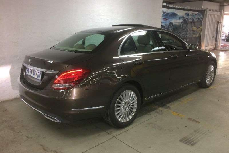 Mercedes Benz C Class C180 Exclusive auto 2015