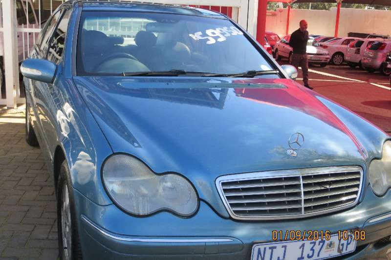 2000 mercedes benz c class c200 sedan petrol rwd manual cars for sale in gauteng r 59. Black Bedroom Furniture Sets. Home Design Ideas