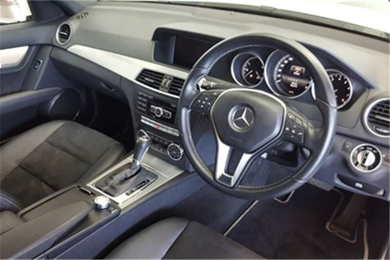 Mercedes Benz C Class C200 Classic auto 2013