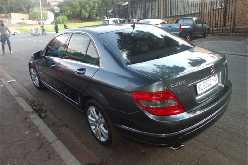 2011 mercedes benz c class c200 mercedes automatic cars for sale in gauteng r 175 000 on auto mart. Black Bedroom Furniture Sets. Home Design Ideas