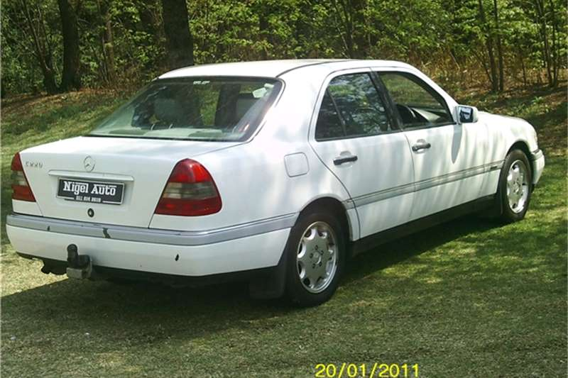 1995 mercedes benz c class c220 cars for sale in gauteng for Mercedes benz finance login