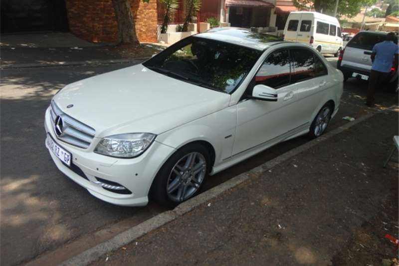 2011 mercedes benz c class mercedes benz amg cars for sale in gauteng r 220 000 on auto mart. Black Bedroom Furniture Sets. Home Design Ideas