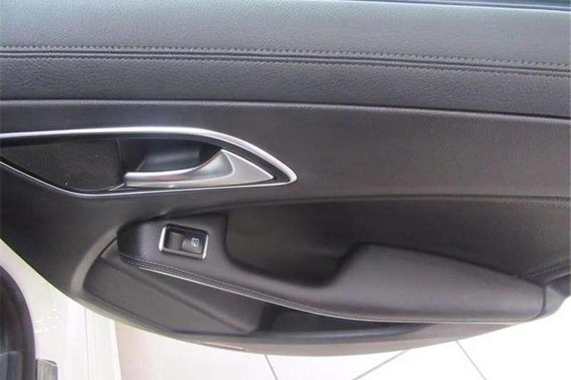 Mercedes Benz CLA 180 auto 2014