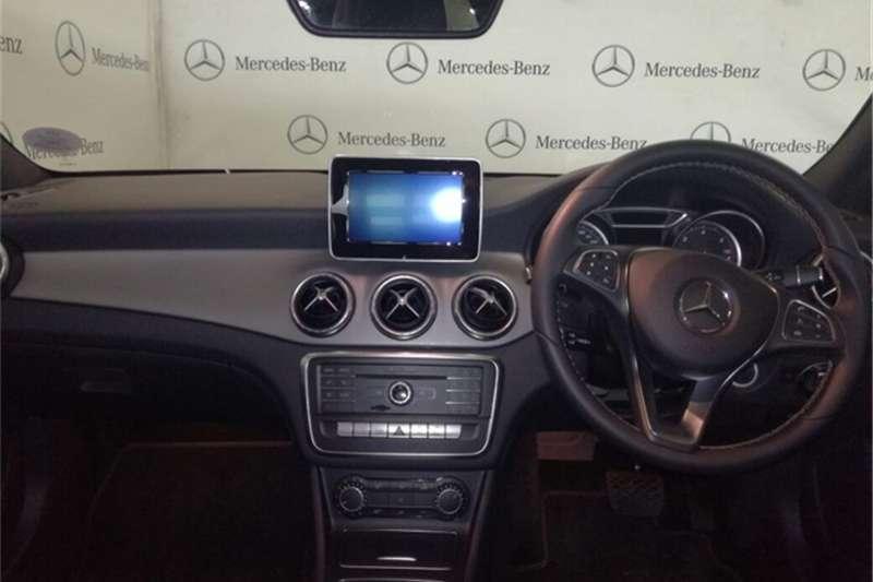 Mercedes Benz CLA 200d URBAN A/T 2017