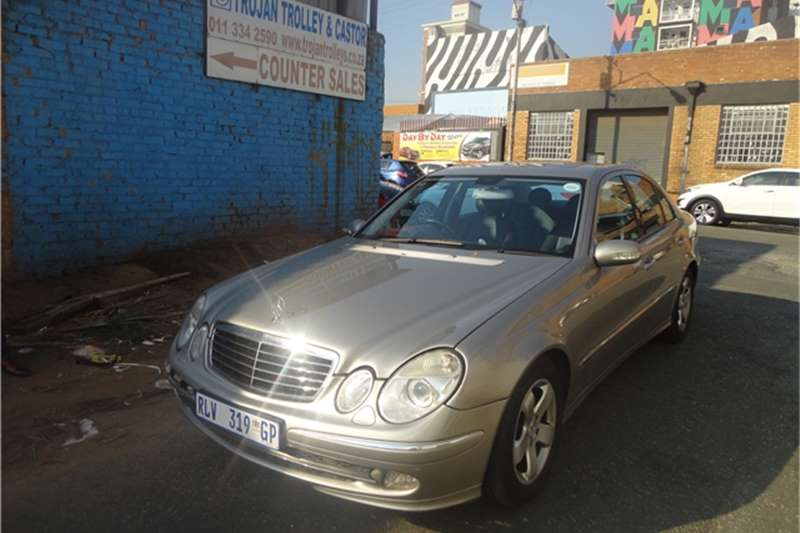 2005 mercedes benz e class e 200 automatic cars for sale in gauteng r 94 000 on auto mart. Black Bedroom Furniture Sets. Home Design Ideas