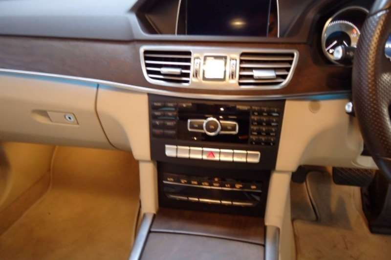 Mercedes Benz E Class E200 Avantgarde 2014