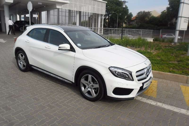 2016 mercedes benz gla 200d auto amg style cars for sale in gauteng r 399 000 on auto mart. Black Bedroom Furniture Sets. Home Design Ideas