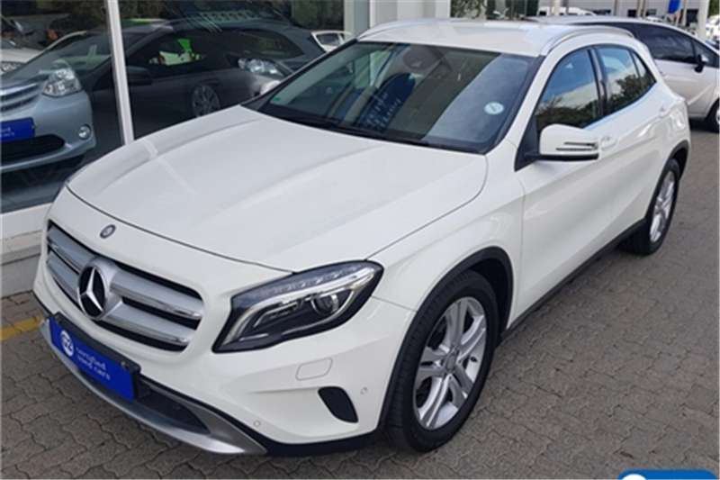 Mercedes Benz GLA 220CDI 4Matic 2015