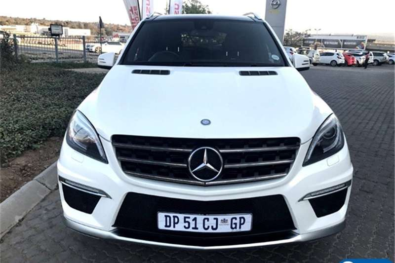 Mercedes Benz ML 63 AMG 2015