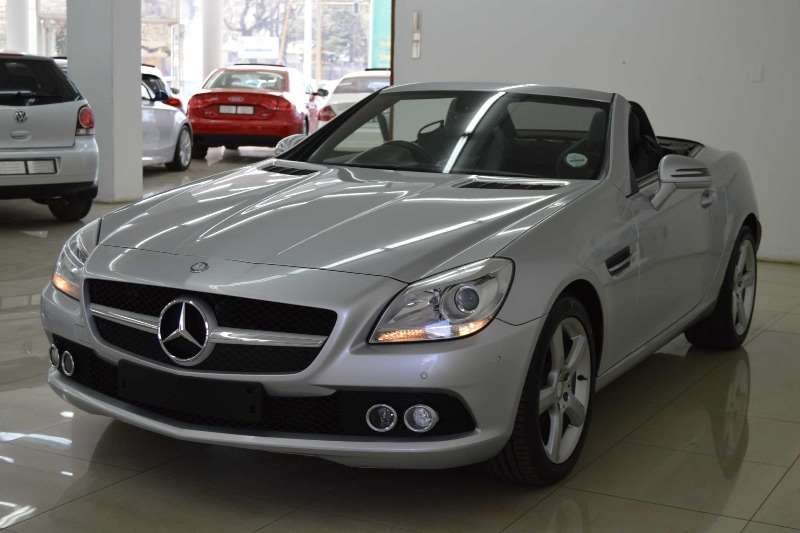 2012 mercedes benz slk 200 auto convertible rwd cars for sale in gauteng r 399 900 on auto. Black Bedroom Furniture Sets. Home Design Ideas
