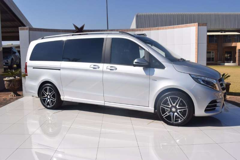 2018 mercedes benz v class v250 bluetec avantgarde multi for Mercedes benz bluetec diesel