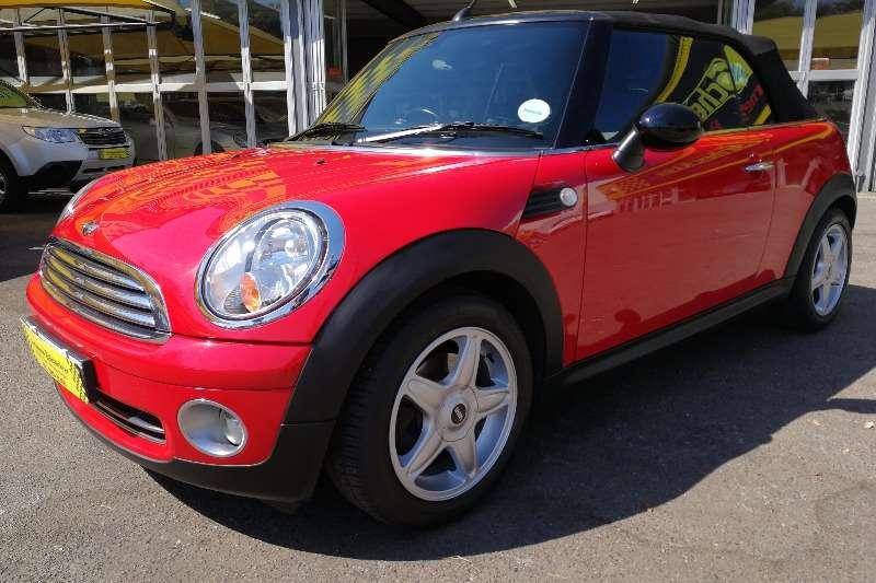 Mini Convertible Cooper 2011