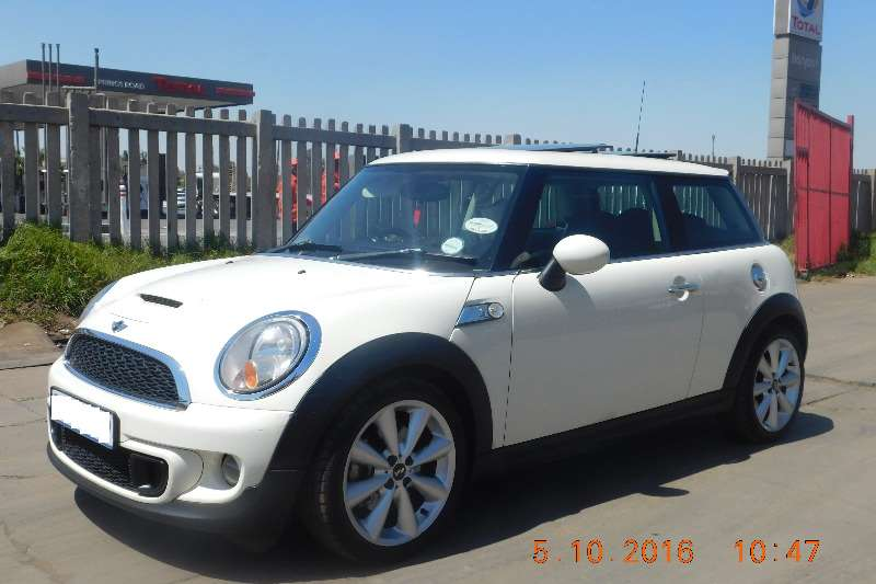 2011 mini cooper s cars for sale in gauteng r 129 999 on auto mart. Black Bedroom Furniture Sets. Home Design Ideas