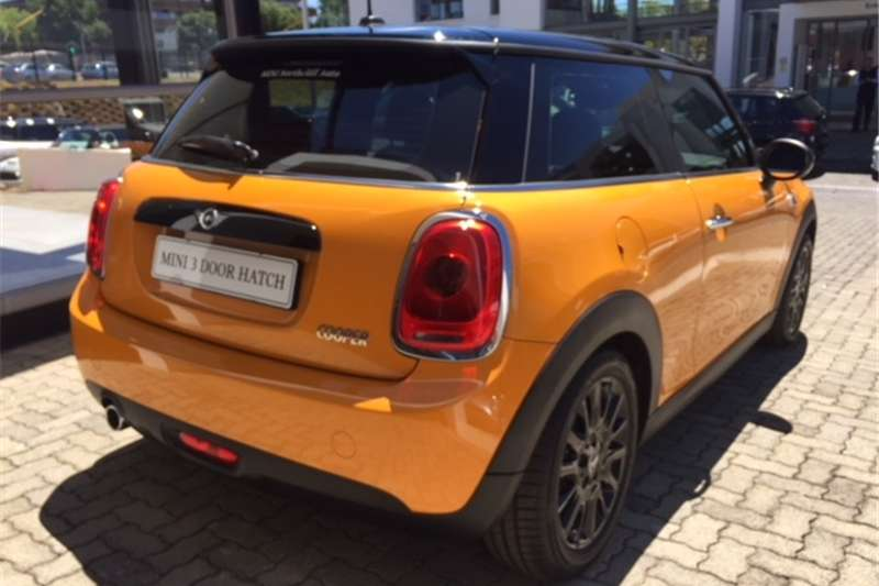 Mini Hatch Cooper auto 2017