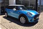 Mini Hatch Cooper Hatch 5 door auto 2016