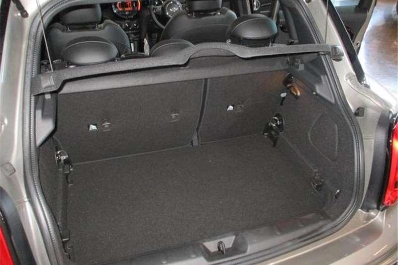Mini Hatch Cooper S Hatch 5 door Special Edition 2017