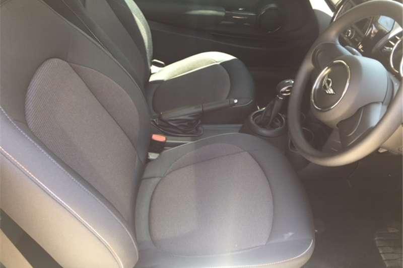 Mini Hatch One Hatch 3 door auto 2017