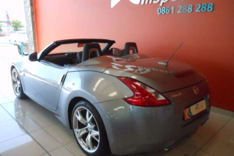 2010 nissan 370 z 370z roadster automatic convertible rwd cars for sale in gauteng r 279. Black Bedroom Furniture Sets. Home Design Ideas