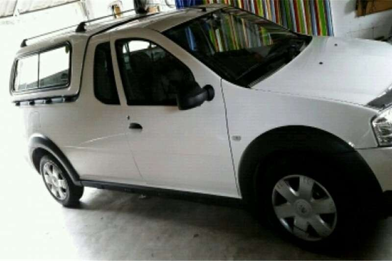 Nissan Bakkie with canopy 0 & Nissan Bakkie with canopy Cars for sale in KwaZulu-Natal   R 146 ...