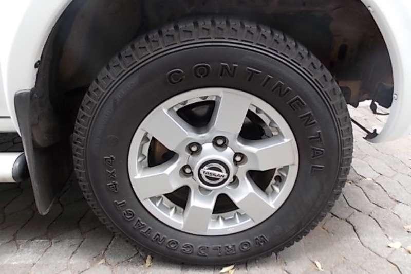 Nissan Hardbody 2.4 16V double cab Hi Rider SE 2013