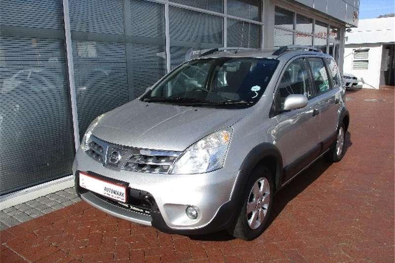 Nissan Livina X-Gear 1.6 Acenta+ 2012
