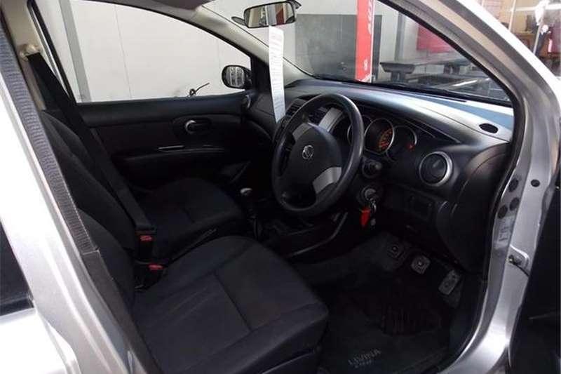 Nissan Livina X Gear 1.6 Visia 2012