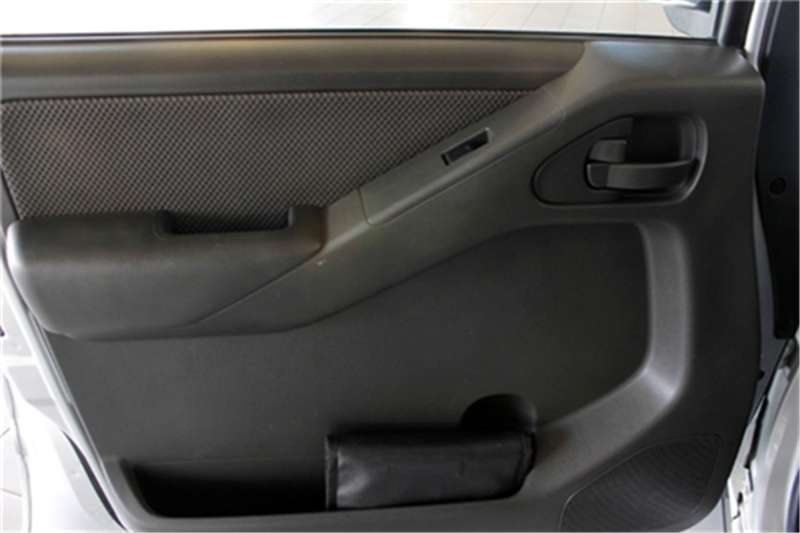 Nissan Navara 2.5dCi double cab XE 2014
