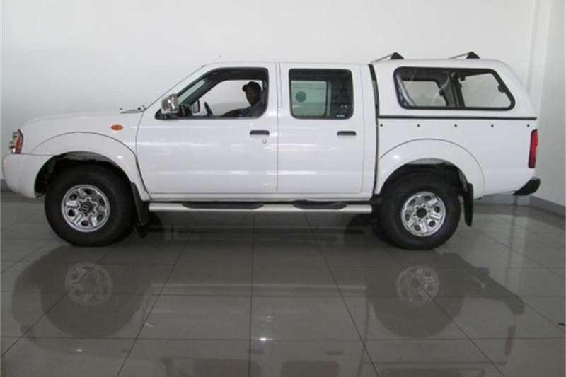 Nissan NP300 Hardbody 2.4 double cab 4x4 2013