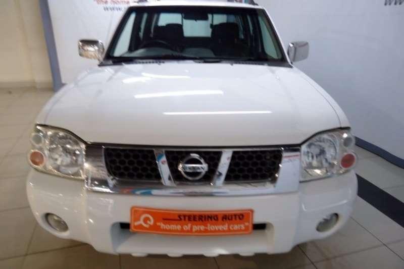 Nissan NP300 Hardbody 2.4 double cab Hi rider 4X2 MANUAL 2013