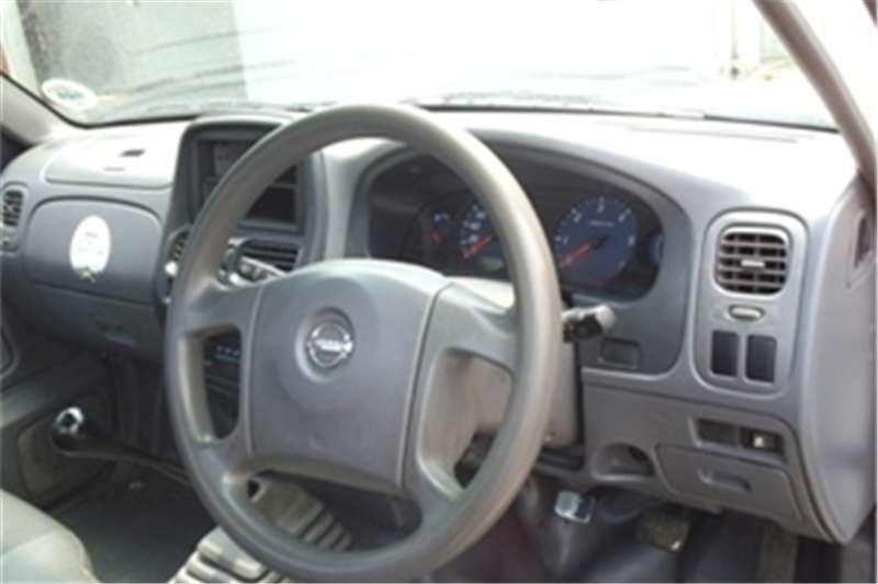 Nissan NP300 Hardbody 2.5TDi 2013