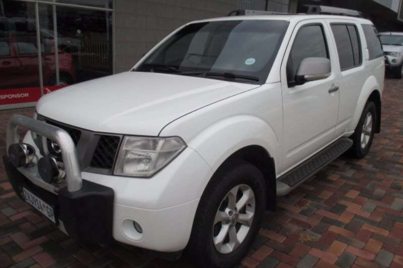 2010 nissan pathfinder le crossover suv awd cars for sale in gauteng r 199 800 on. Black Bedroom Furniture Sets. Home Design Ideas