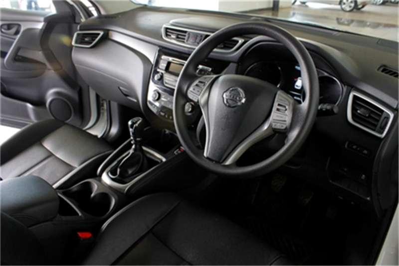 Nissan Qashqai 1.2T Visia 2015